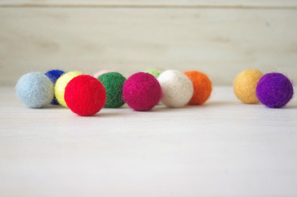 12色の羊毛ボールいろまるちゃん